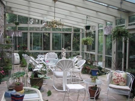 Sunroom Decorated for Summer
