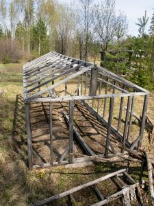 wood-frame-for-greenhouse
